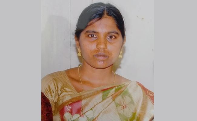 Woman Deceased in Fire Accident After Battle 88 Days in Hospital - Sakshi