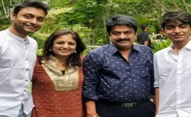Rajinikanth Wishes Chinni Jayanth Son On Clearing IAS Exams - Sakshi