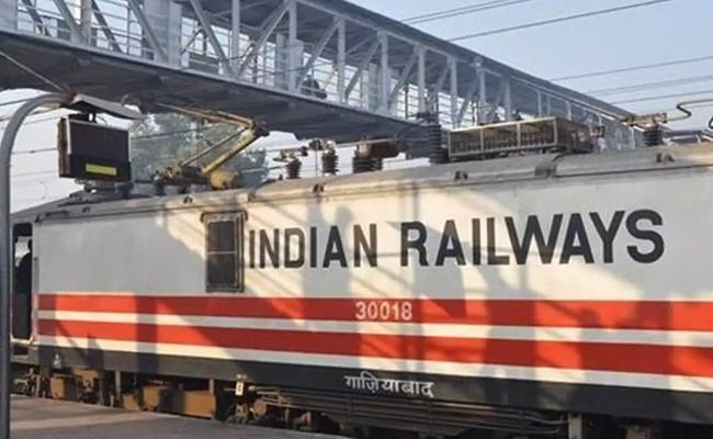 Indian Railways Extends Train Shutdown September 30 Over Coronavirus - Sakshi