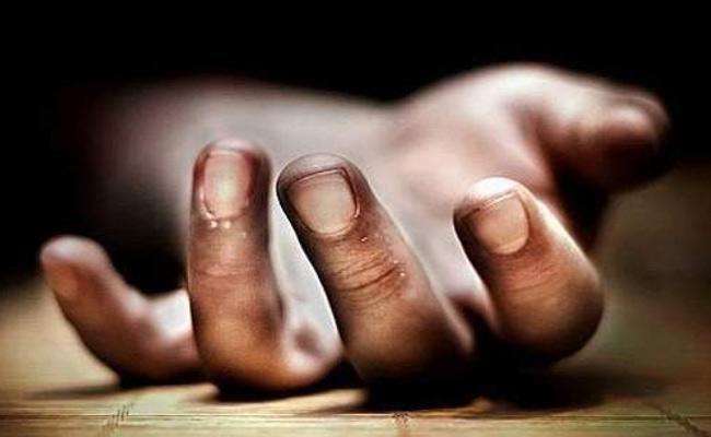 AIIMS Medical Student Commits Suicide From Drown Hostel Building IN New Delhi - Sakshi