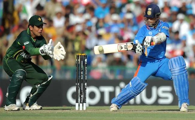 Ashish Nehra On Sachin Tendulkar 85 Run Vs Pakistan In World Cup 2011 - Sakshi