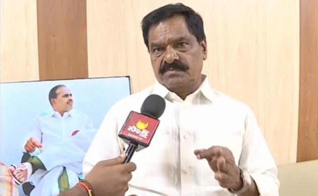 Deputy CM narayana Swamy Express Happiness Of YSR Cheyutha Scheme - Sakshi