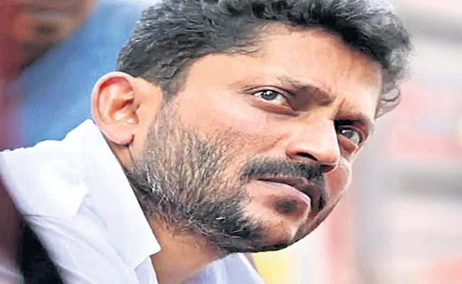 Filmmaker Nishikant Kamat hospitalised in Hyderabad - Sakshi