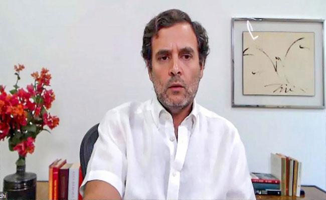 Rahul Gandhi: Corona Graf In India Scaring Me - Sakshi