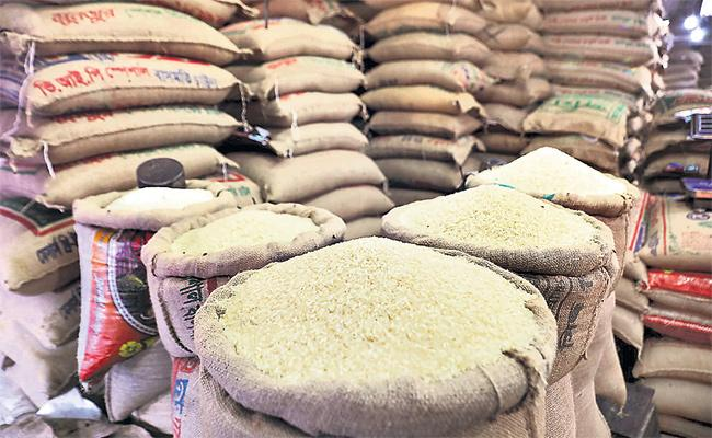 Lockdown Effect on Rice Prices Rises in Hyderabad - Sakshi