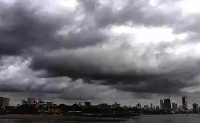 Low Pressure Continues In The Northwestern Bay Of Bengal - Sakshi