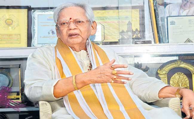 Annavarapu Ramaswamy Speaks About Independence Day Moments - Sakshi