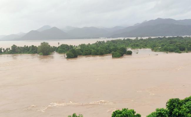 Two Days Heavy Rains In Andhra Pradesh - Sakshi
