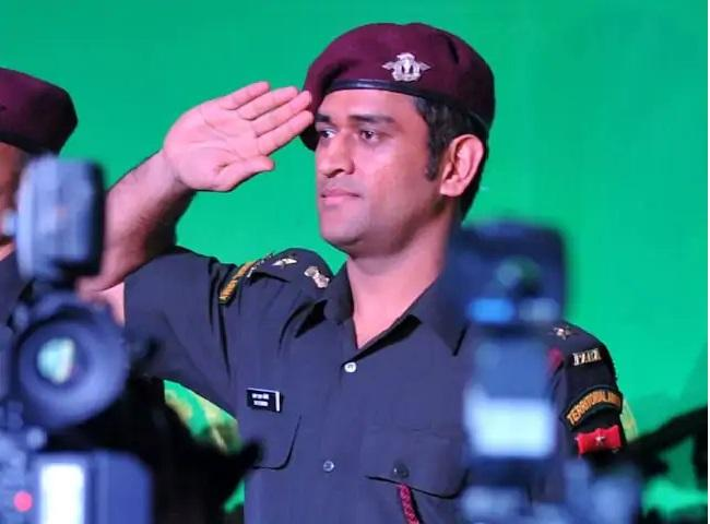 Arun Pandey Says Dhoni Will Be Spending More Time With Army - Sakshi