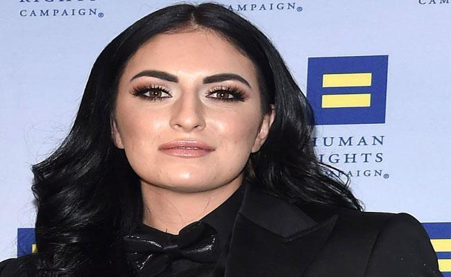 Man Arrested Over Trying To Kidnap WWE Star Sonya Deville - Sakshi