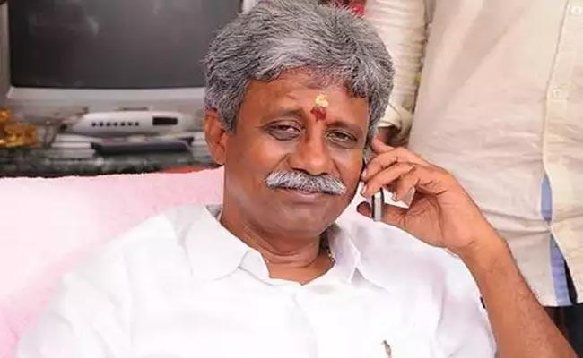 BJP Senior Leader Pydikondala Manikyala Rao Funeral In West Godavari - Sakshi