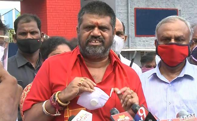 Hindustan shipyard  : RS 50 Lakhs Ex Gratia To Families Of Deceased - Sakshi