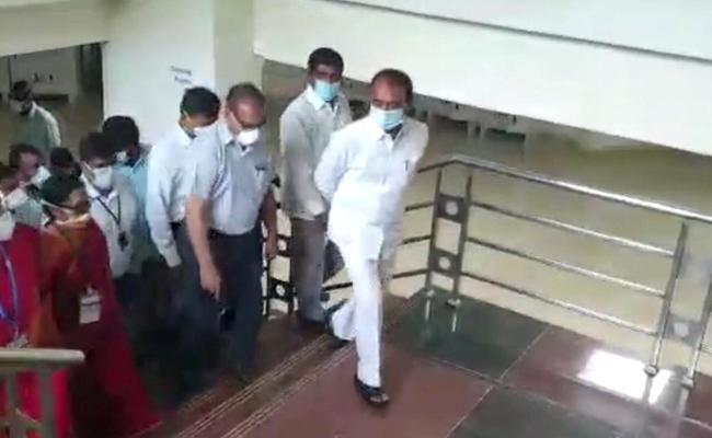 Minister Etela Rajender Inspected The Gachibowli Tims Hospital - Sakshi