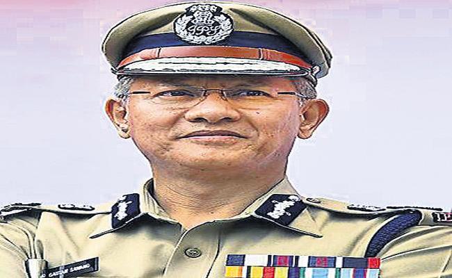 Police focus on Visakhapatnam - Sakshi