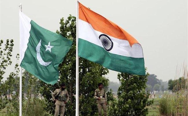 Pakistan Warns Of Nuclear War With India - Sakshi