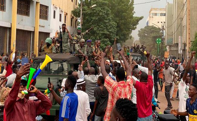 Mali president Ibrahim Boubacar Keita resigns after coup - Sakshi