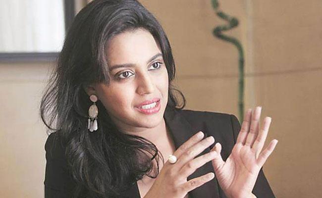Not Fair To suggest Mumbai Police Were Not Doing A  Good Job - Sakshi