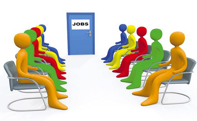 Unemployment in the country reached Above 9 percent - Sakshi