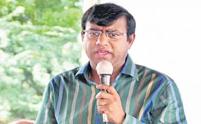 Former Go For Pass Books To Nagaraju He Asked Debt 35 lakhs - Sakshi