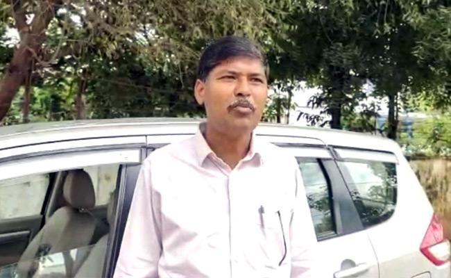 Professor Kasim Attend At Mulugu Police Station In Siddipet - Sakshi