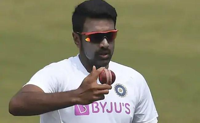 Ashwin Wants Free Ball For Bowlers As He Calls For Equal Contest - Sakshi
