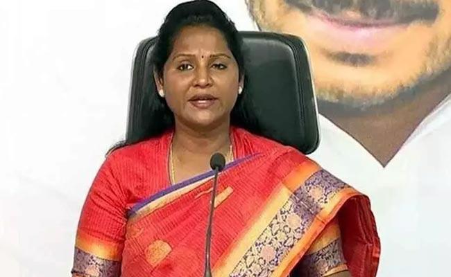 YSRCP MLA Undavalli Sridevi Comments On Chandrababu - Sakshi