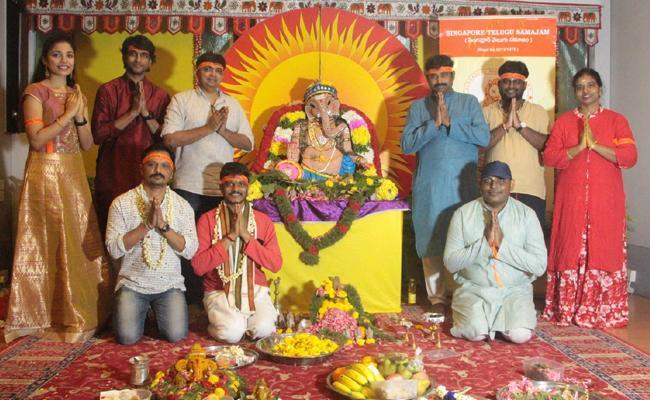 Vinayaka chavithi pooja held in Singapore - Sakshi