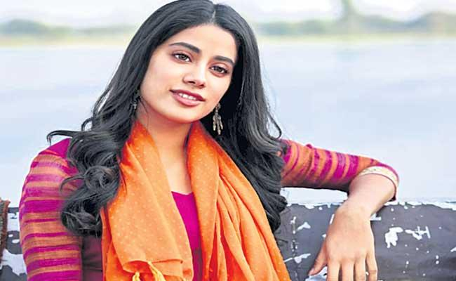 Special Story About Jhanvi Kapoor Daughter Of Sridevi - Sakshi