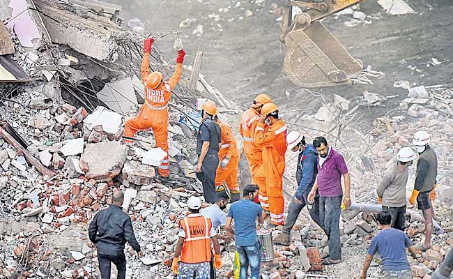 13 People Died In Maharashtra Due To Collapsing Five Floors Building - Sakshi