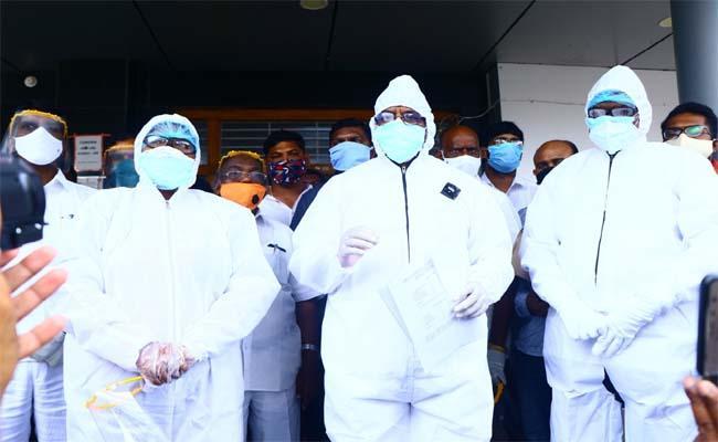 CLP Leader Batti Vikramarka Visits Bhadrachalam Area Hospital - Sakshi