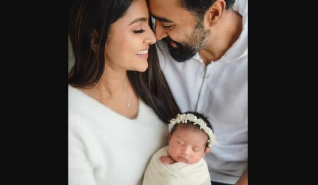 Sneha Introduces Daughter Aadhyantaa on Husband Birthday - Sakshi