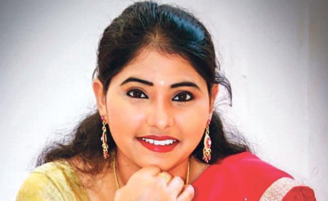 Vijayawada Girl Nagadurga Kusuma Sai Was Crowned Telugu Miss Universe - Sakshi