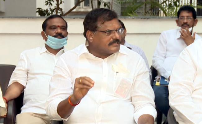 Botsa Satyanarayana Slams Chandrababu Naidu - Sakshi