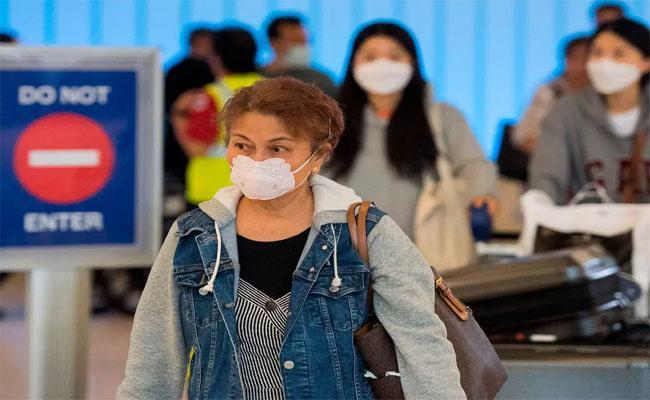 White House Experts Says US Coronavirus Extraordinarily Widespread - Sakshi