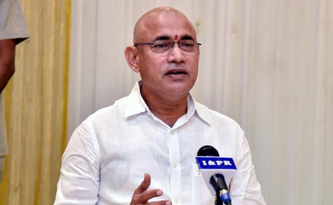 Minister Chelluboina Venu Slams Chandrababu Naidu - Sakshi