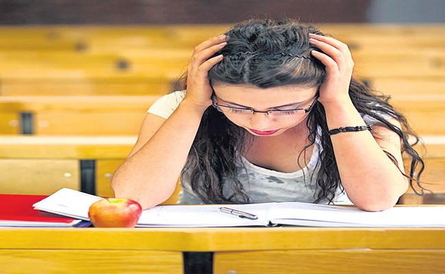 College students mental health worst-hit by Covid lockdown - Sakshi