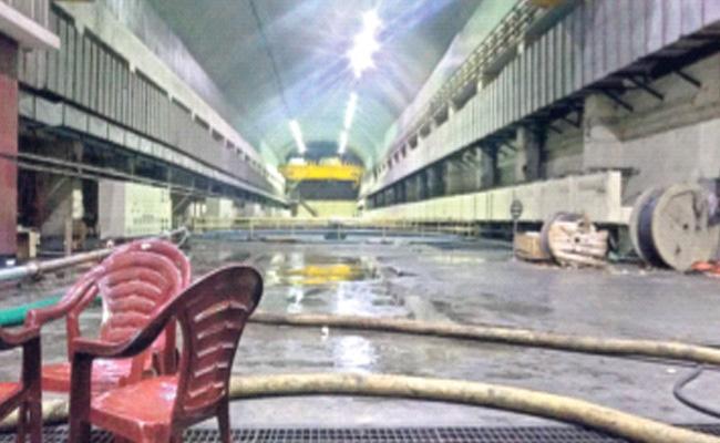Negligence On Srisailam Power Project In Nagar Kurnool - Sakshi