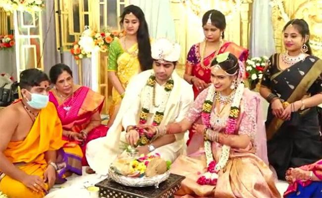 Saaho Director Sujeeth Reddy Got Married  To  Pravallika  - Sakshi