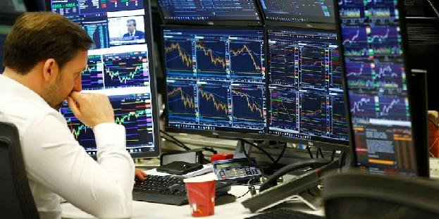 US Stocks attractive- risk to invest says experts - Sakshi