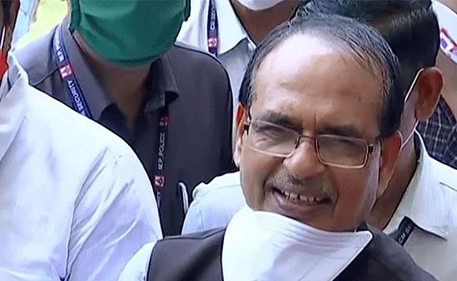 Madhya Pradesh CM Shivraj Singh Chouhan Recovery From Coronavirus - Sakshi