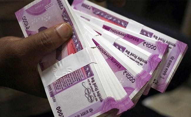 Will CoronaVirus Spreadding Through Currency Notes - Sakshi