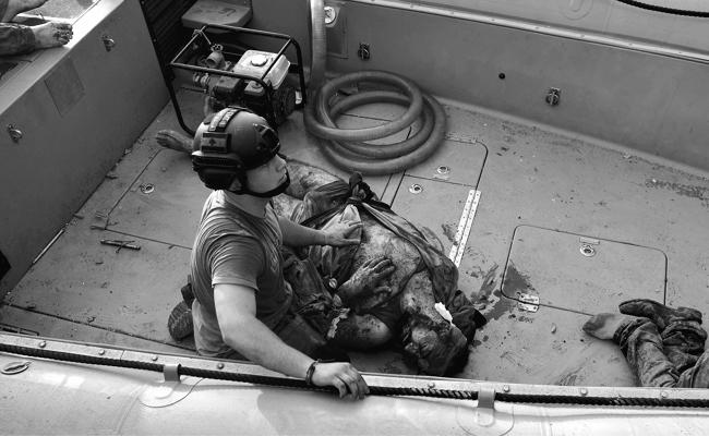 Beirut port worker survive after explosion - Sakshi