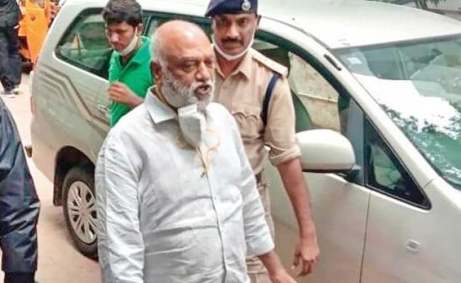 Another Case Registered Against JC Prabhakar Reddy And Asmit - Sakshi