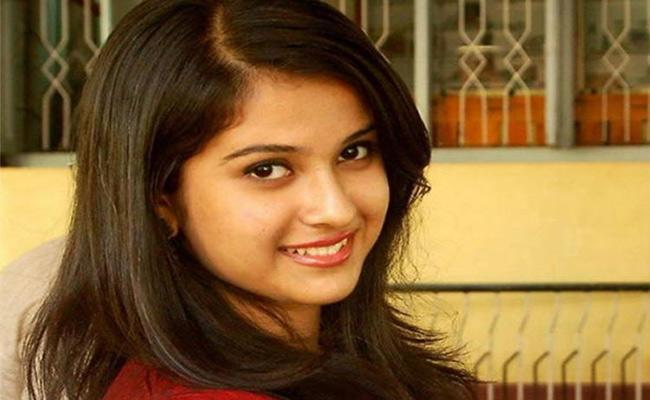 Disha Salian Parents Says She Was Not Pregnant Dont Spread Rumours - Sakshi