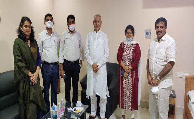 IAS officers who met Minister Chelluboyina Venu - Sakshi