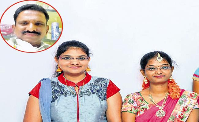 Three Members In Family Committed Suicide In YSR District - Sakshi