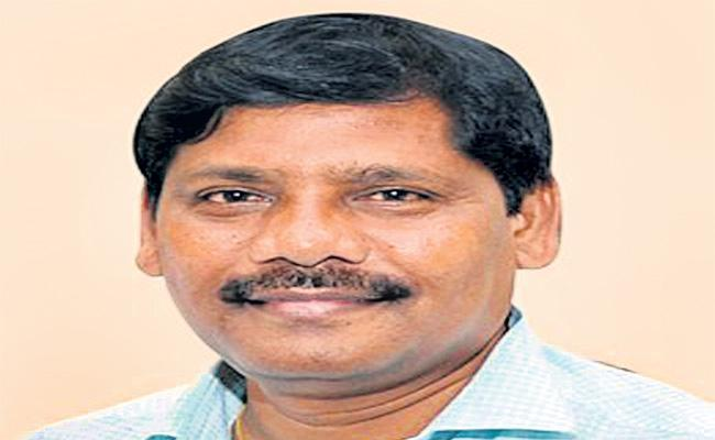 Sakshi Tirupati Deputy Chief Artist Ramesh Passed Away
