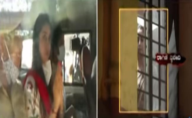 Sanjana Galrani Cries In Womens Comfort Center - Sakshi