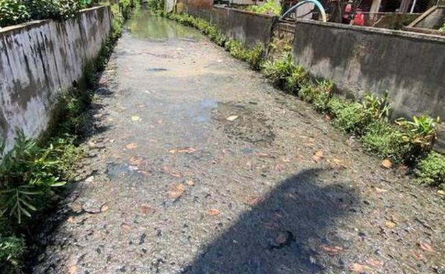 Septic Tank Land Taken Capture In Hyderabad - Sakshi