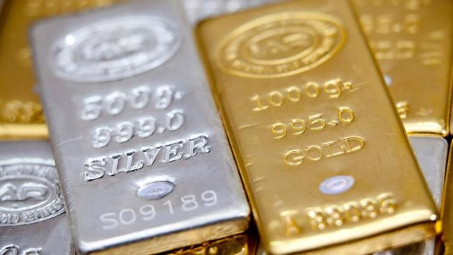Gold and Silver prices recover in MCX, New York Comex - Sakshi